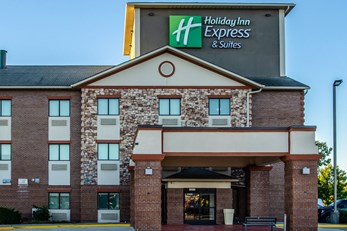 Holiday Inn Express/Suites Olathe South