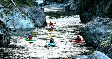 Clayoquot rafting 2