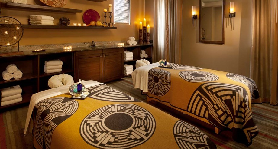 Phoenix Aji Spa Couples Massage Room