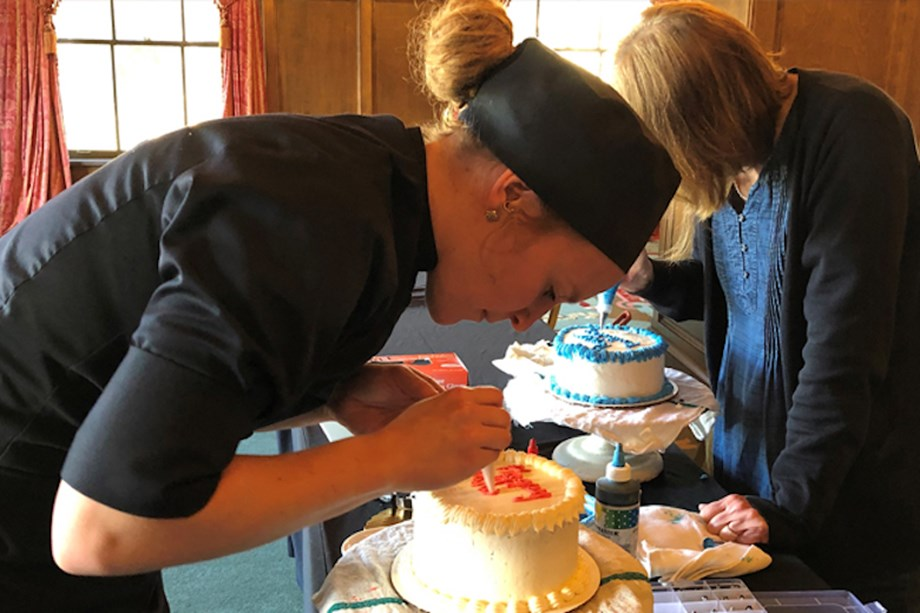 Groups get to decorate their own cakes at the French Lick Resort.