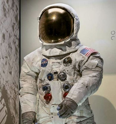neil-armstrong-suit-washington