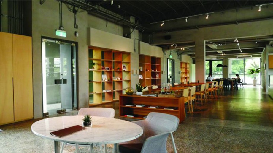 Groups can dine at ALIEN Art Center's cafe during their visit.