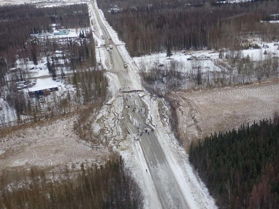 alaska-earthquake-damage-USGS