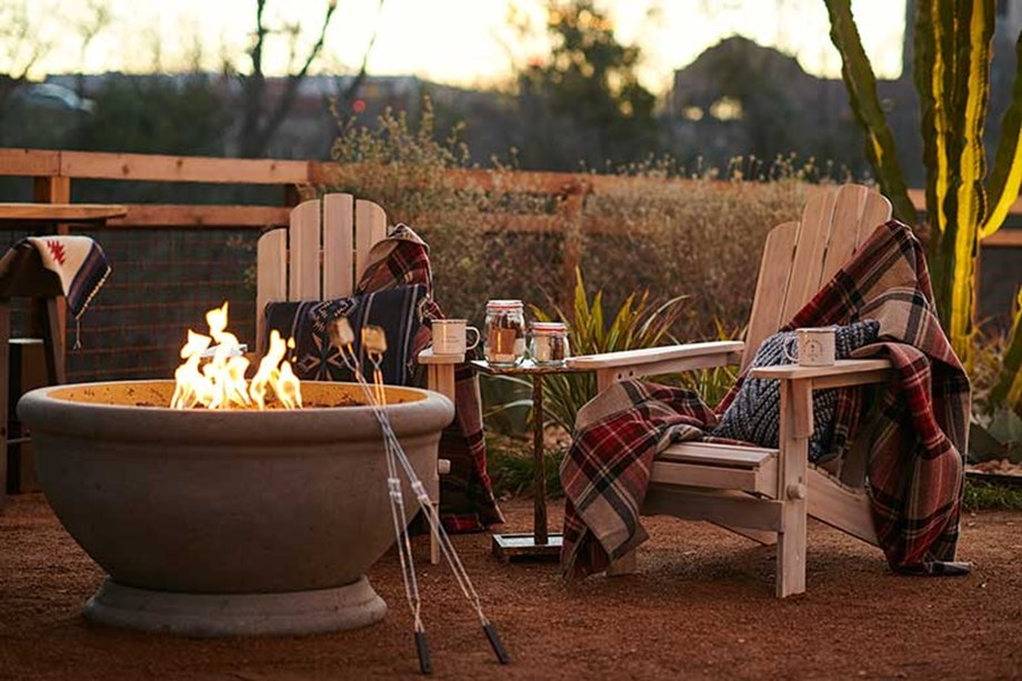 hotel-drover-fire-pit-backyard