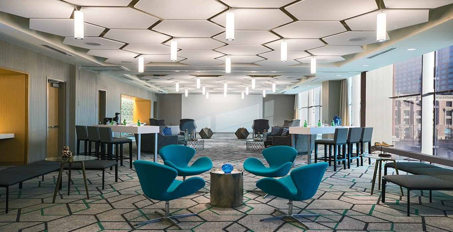 2.Marriott Marquis Chicago chairs