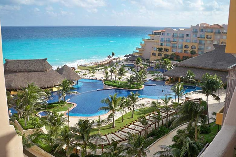 Mexico's Fiesta Americana Condesa Cancún hosted a Destinations Inc. incentive program in July.