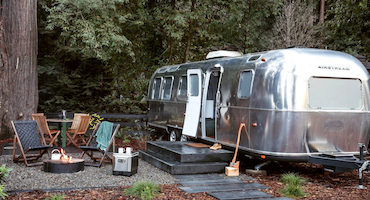 /uploadedImages/Travel/Domestic/autocamp-small.jpg